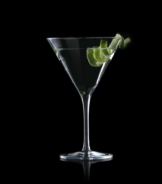 James bond martini glasses for Cocktail 007 bond